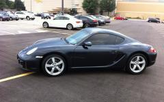 Porsche 2007 Cayman.jpg